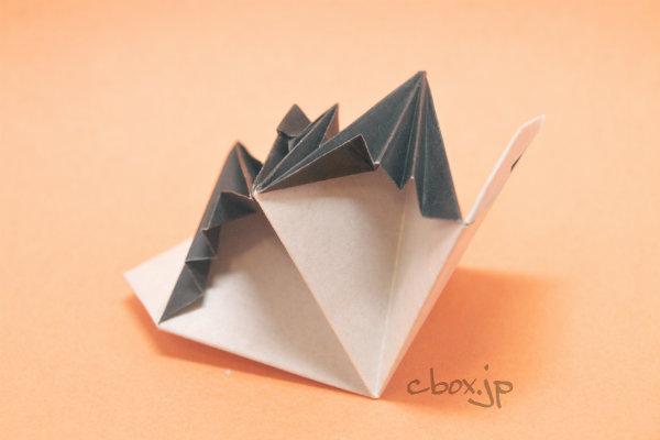 すべての折り紙 折り紙 カメラ 作り方 : ハロウィンの折り紙 ...